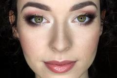 Bordowy makijaż oka